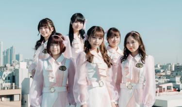 転校少女*Major 2nd Single「春めく坂道」6人による新体制で放つ、桜をモチーフに揺れ動く心の葛藤を描いた注目のラブソング!